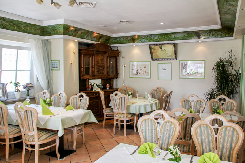 Emejing russische restaurant dortmund photos for Wohnzimmer cafe dortmund